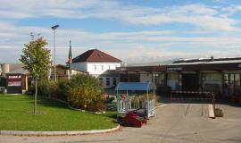 2000-2000 - Neues Bürogebäude